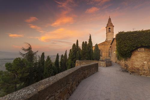 Editing the sunrise in Pienza Tuscany – Basics of Landscape Photography – Ep16