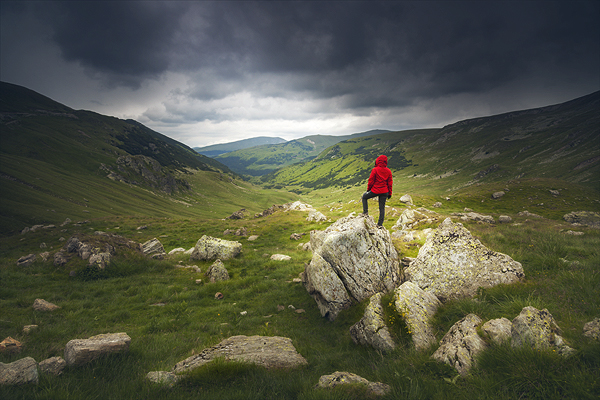 Improve your landscape photography – add depth atmosphere and proportions to your landscapes