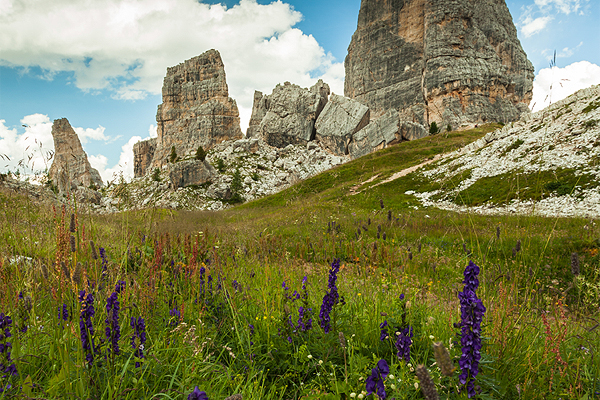 Photo editing in 60 seconds – Cinque Torri in Dolomites Mountains, Italy