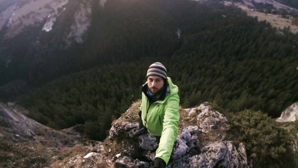 Landscape photography: Photographing the sunrise over a 984 feet drop – Photo Vlog #6