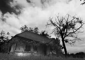 Photography vlog – Dark conceptual horror photography – The Ghost